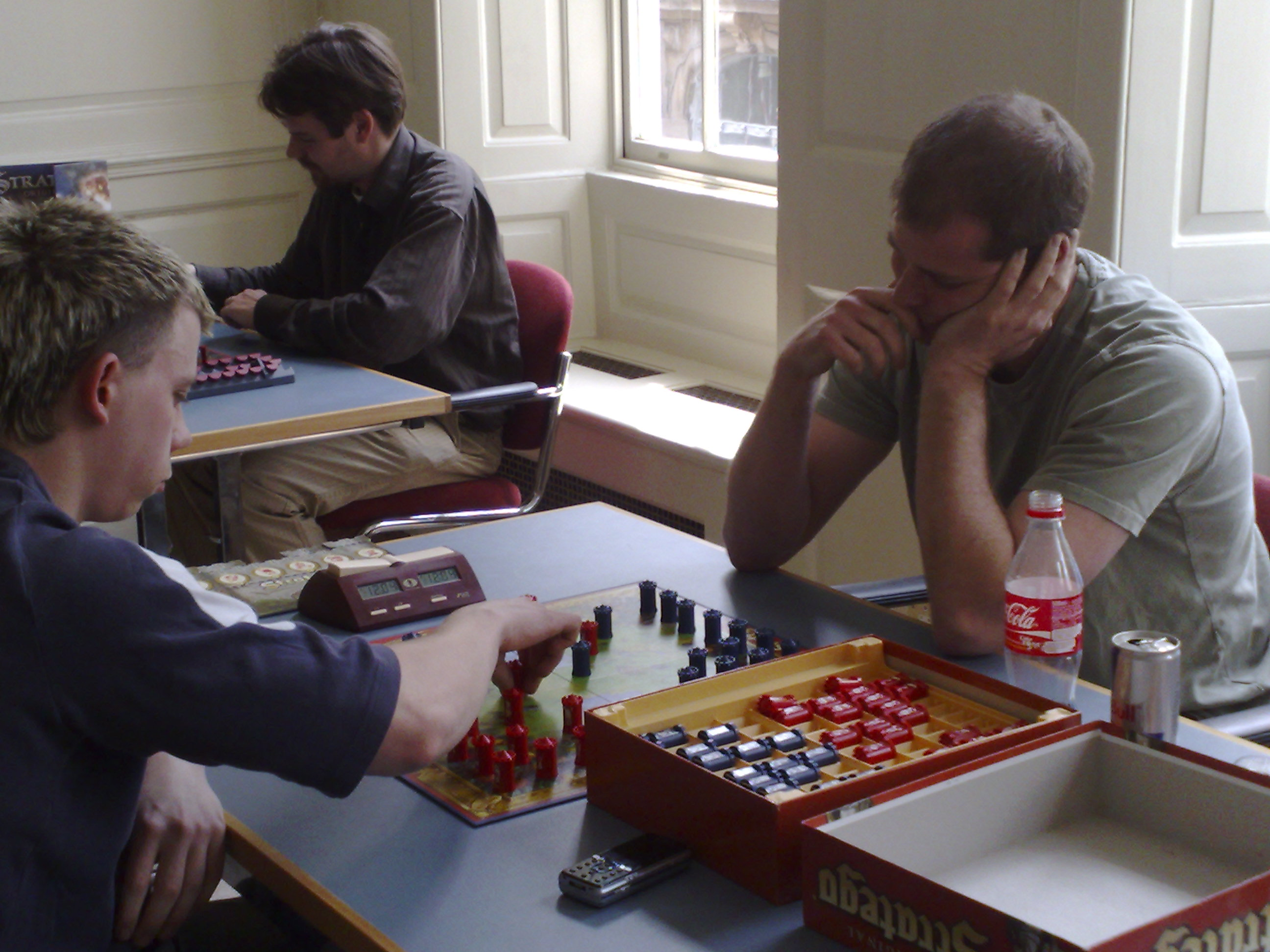 Sean & Mat in deep concentration in a very close game